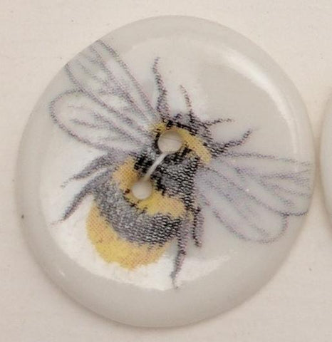 White / Bee / Porcelain (1 button)