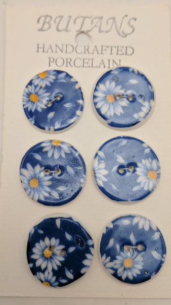 White / Blue Daisy / Porcelain (card of 6)
