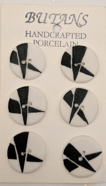 White / Black Triangles Crossed / Porcelain (card of 6)