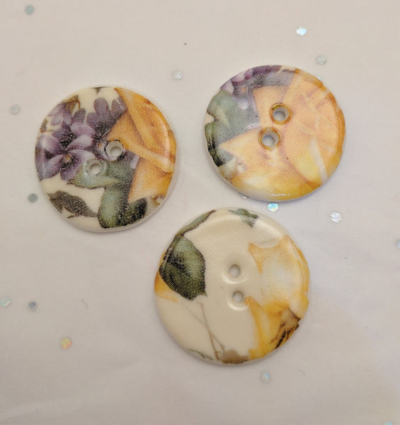 White / Flowers (Yellow and Purple) / Porcelain