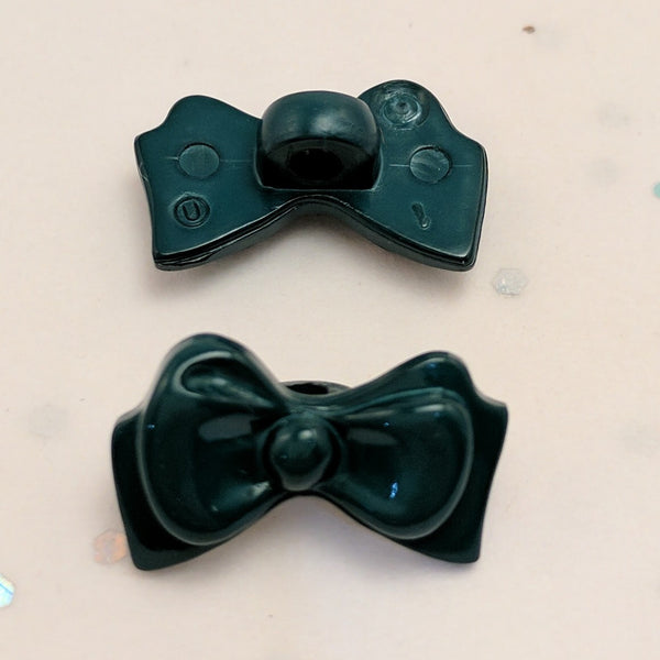 Emerald Green Bow - Plastic Shank
