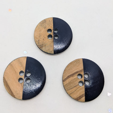 Wooden Buttons half Navy / 4 Hole