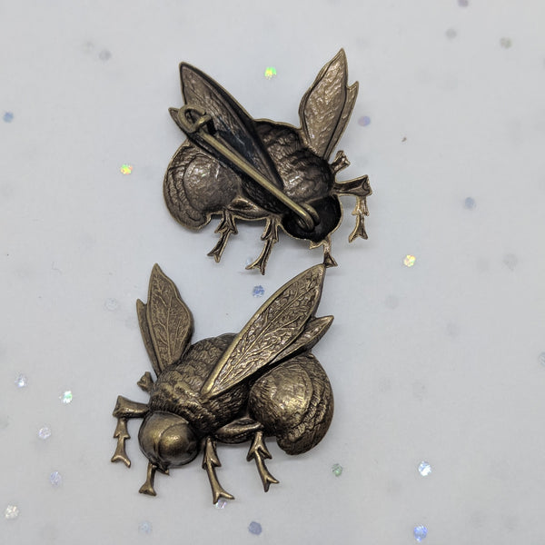 Metal Bee Brooch / Bronze
