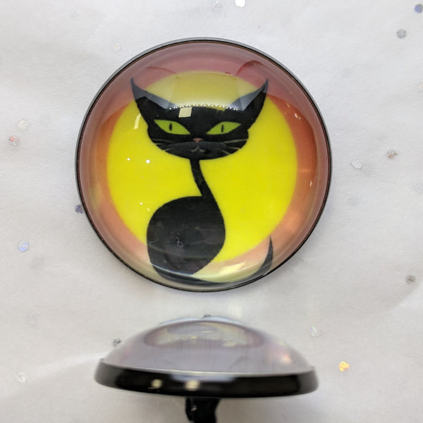 Black Cat / Glow in the Dark / Acrylic Dome