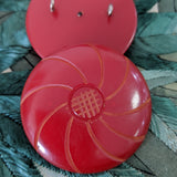 Red / Carved / Vintage / Bakelite