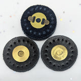 Snap fasteners / Magnetic / Black Leather