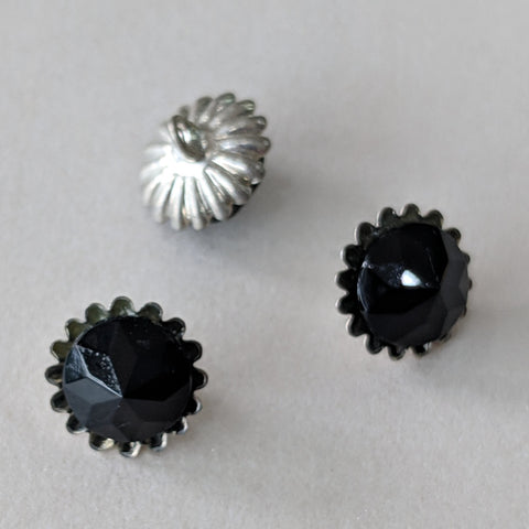 Black Glass / Flower like Pewter shank / Vintage Buttons