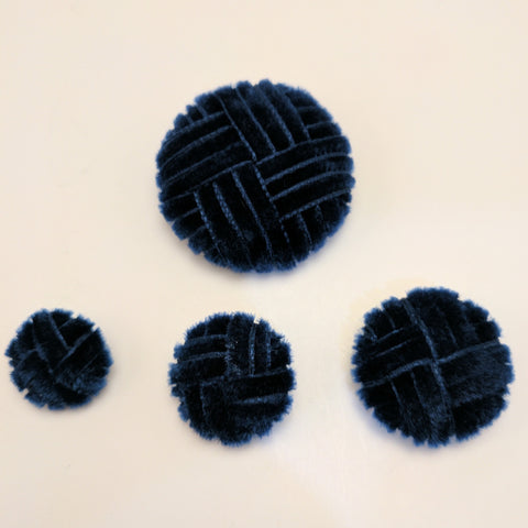 Blue (Navy) / Velvet Ribbon / Crisscross Pattern