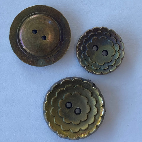 Antique Gold / Flower / Plastic / 2 hole