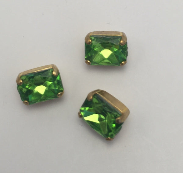 Light Green (gold shank) /  Rectangle  / Crystal