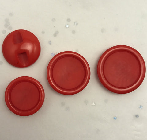 Red / Flat matte centre / Shiny edge