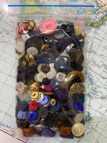 Mixed bag of buttons 2