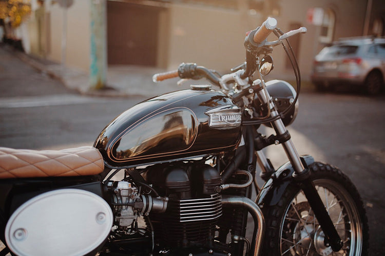 Perfect Storm: Triumph Bonneville