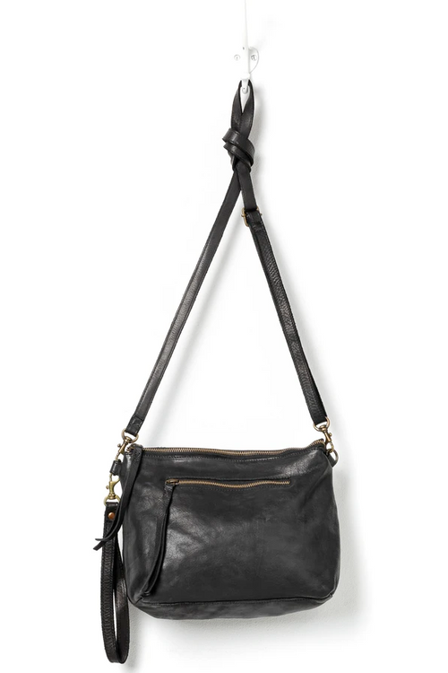 Essentials Pouch Large - Black