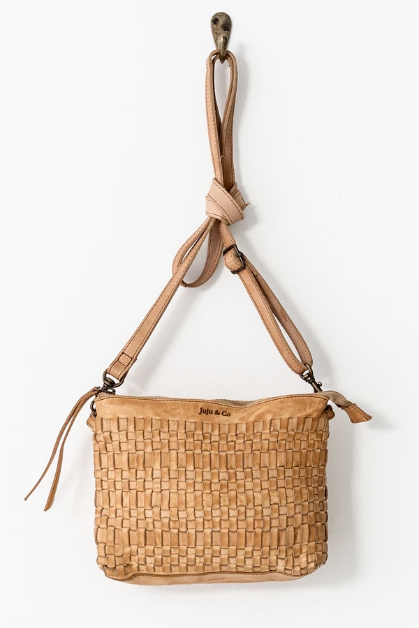 Juju & Co | Woven Pouch Bag - Natural
