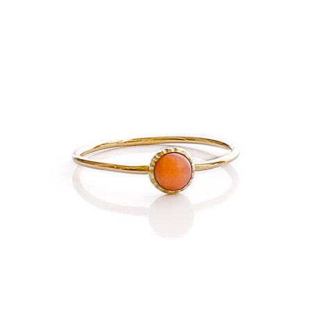 anillo coral natural oro 18k