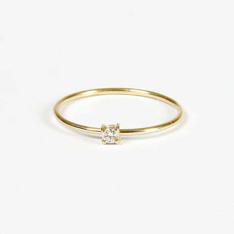 Anillo Solitario con Diamante en Oro Amarillo 18 K | Small Branch