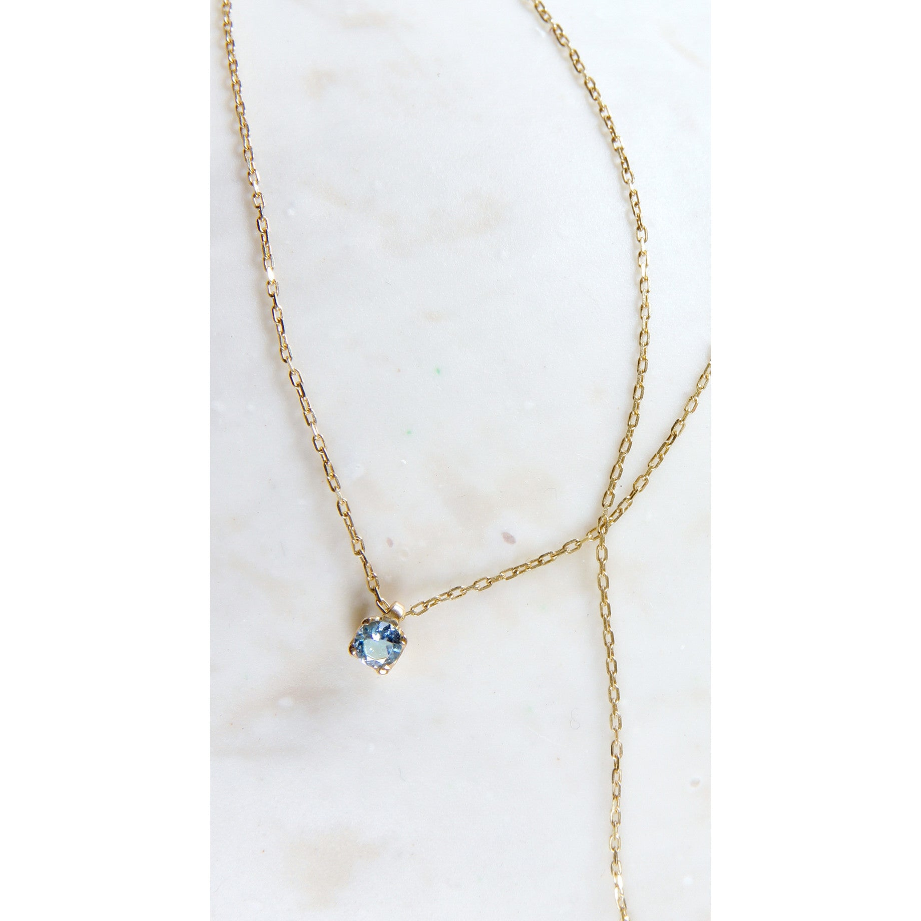 Collar 18k gold aquamarine