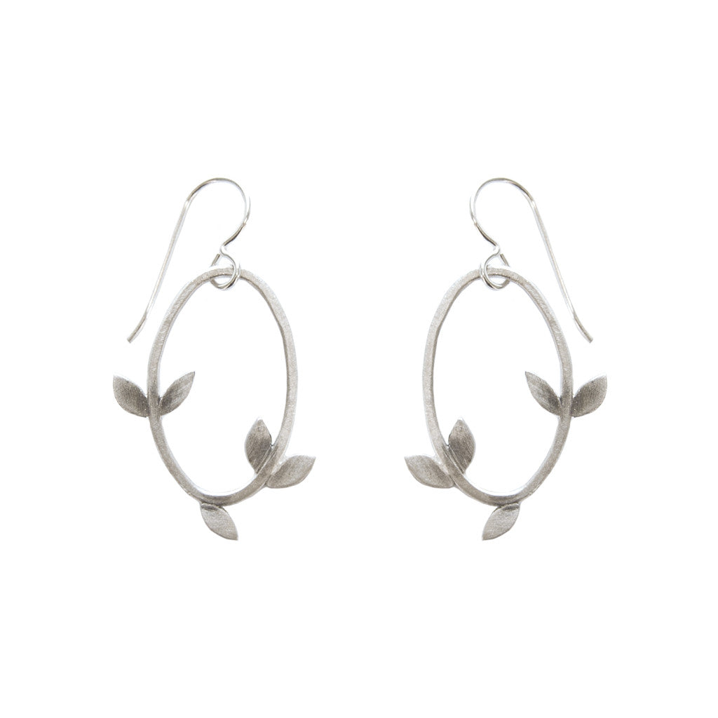 small laurel oval earrings
