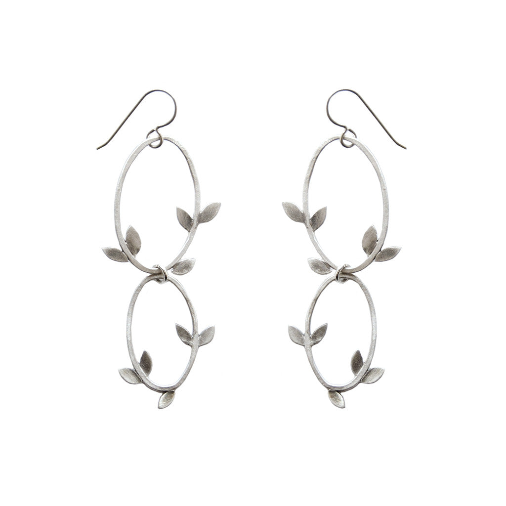 double laurel oval earrings