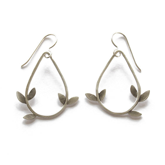 laurel teardrop earrings