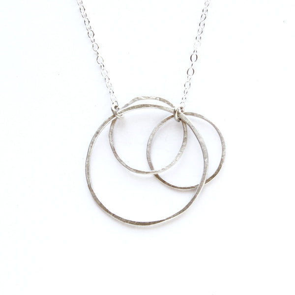 medium triple circle necklace