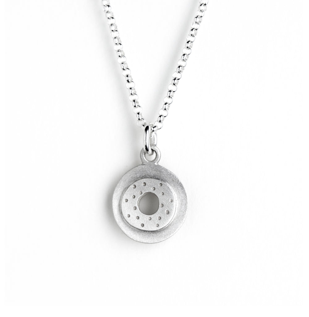 small circle necklace