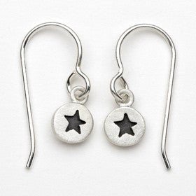 star tiny dot earrings