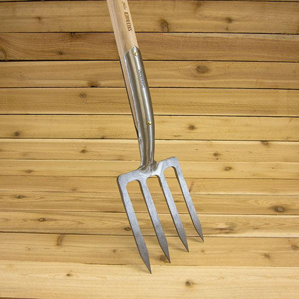 Border Fork with D-Handle by Sneeboer