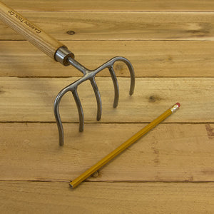 Children's Garden Rake by Sneeboer
