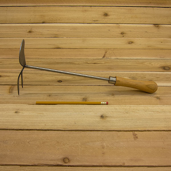 Hand Fork and Mattock by Sneeboer - Size