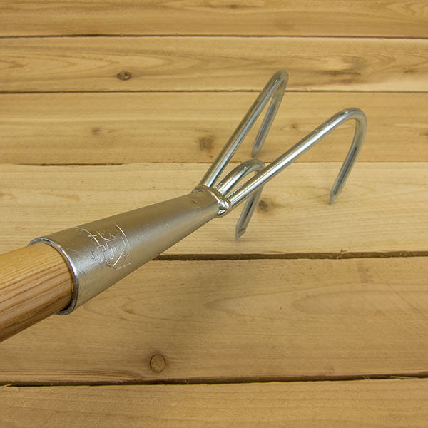 Long Handle Cultivator by Alba+Krapf - Top View
