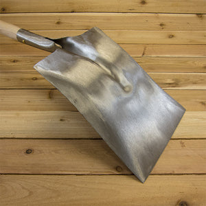 Square Point Shovel by Sneeboer - Blade Back