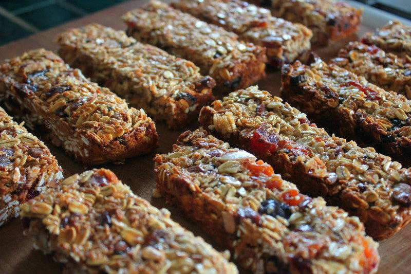 Oatmeal Breakfast Bars: A Sweet & Perfect Balance between Health & Wishes