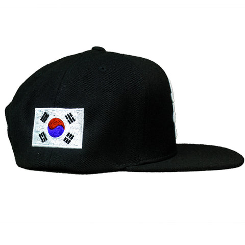 HOT ROD SIGNATURE LA SNAPBACK HAT GLOBAL COLLECTION SOUTH KOREA (BLACK/WHITE)