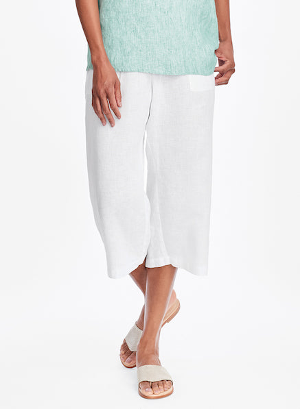 Crop Pant, shown in Lily (White) + Weightless Tee (in Jade Stria)