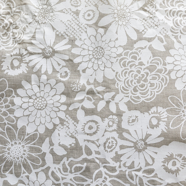 Erin Flett | Floral Garden white | hand silk screened linen | swatch