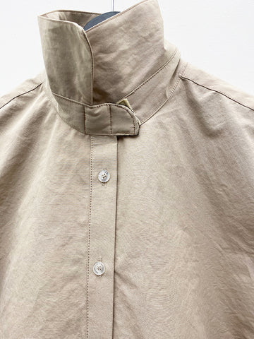 Barragán Amaranto Velcro Button Down, Sand