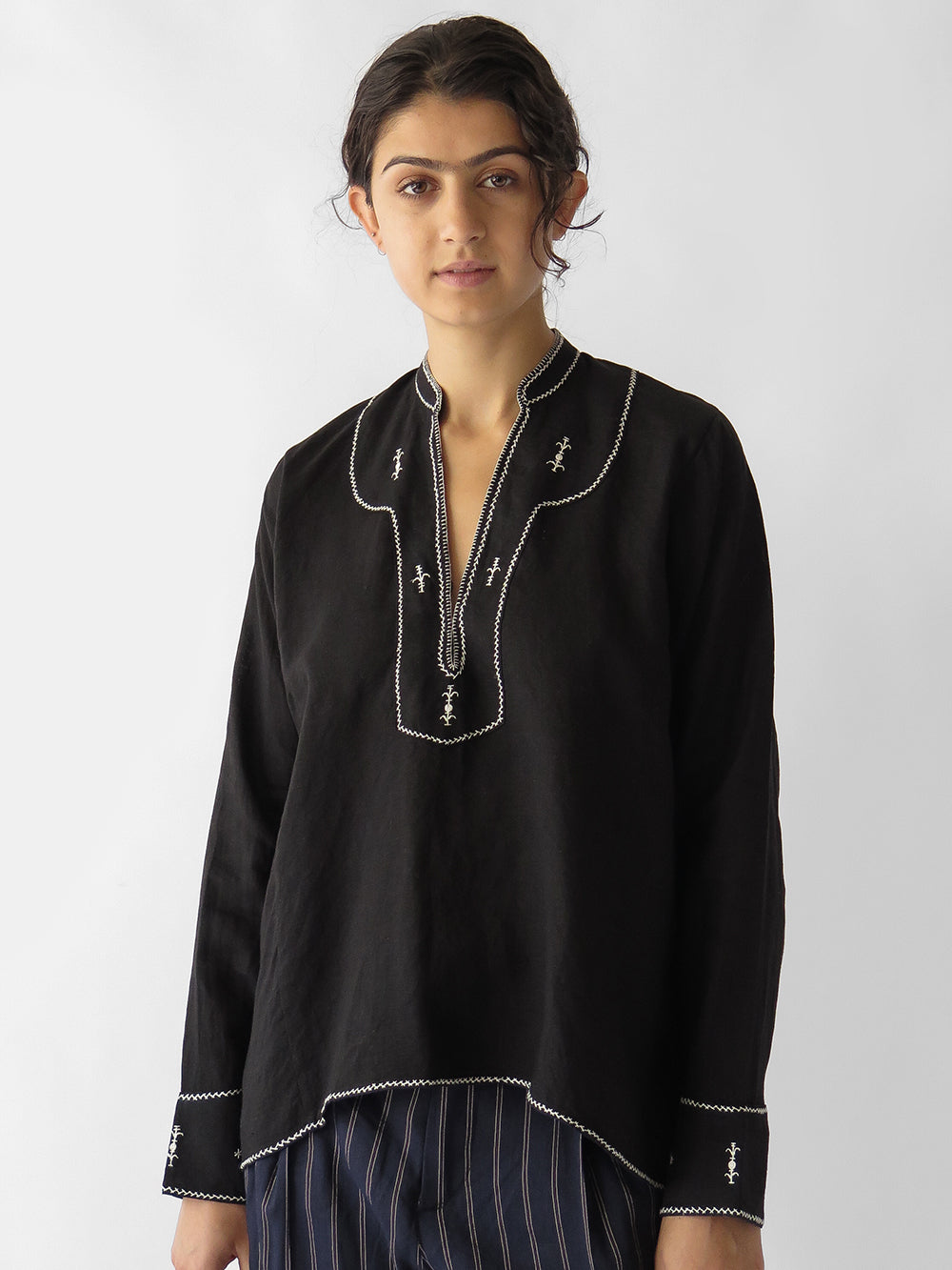 aarika blouse in black