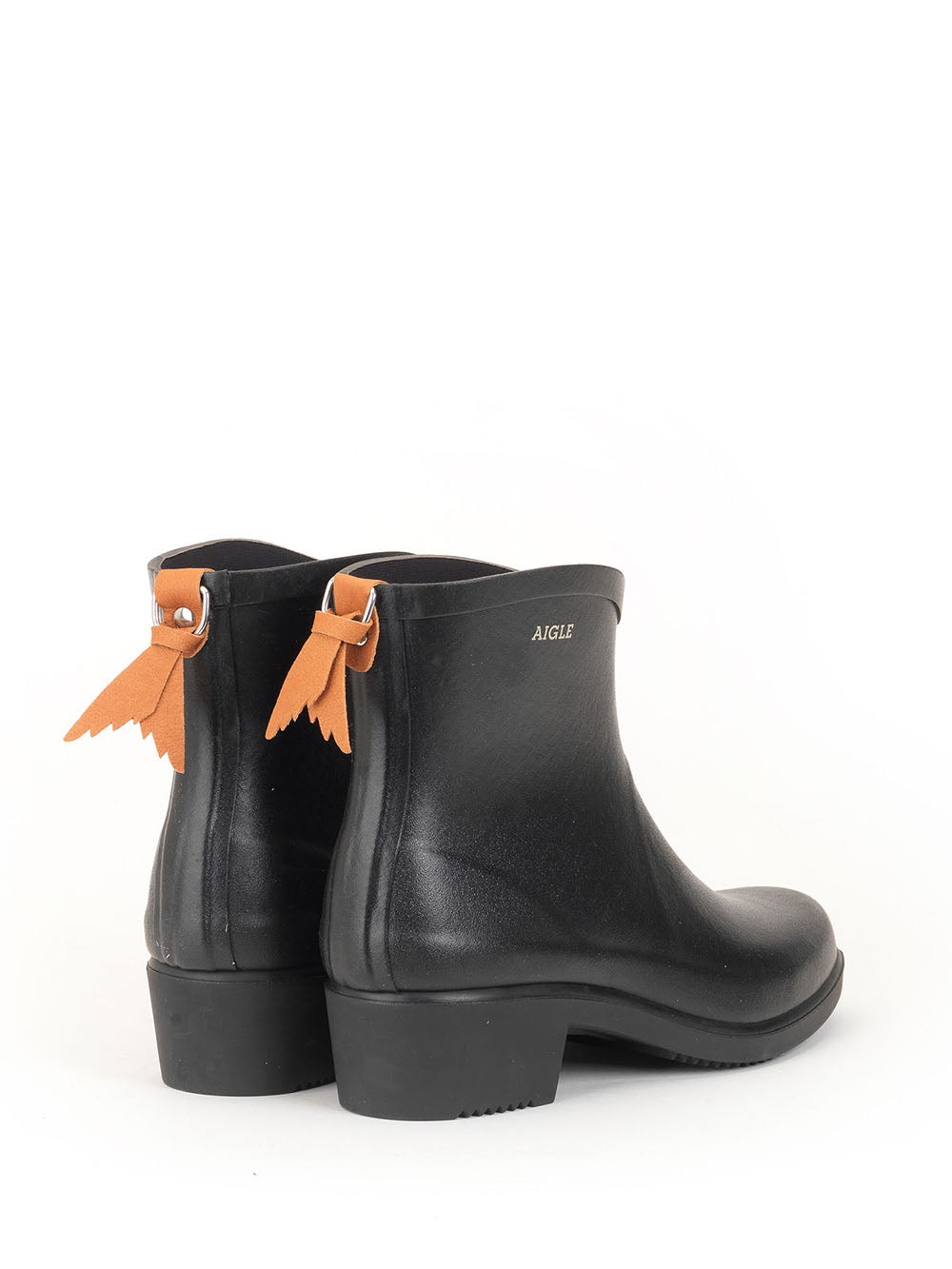 aigle short rain boot in black