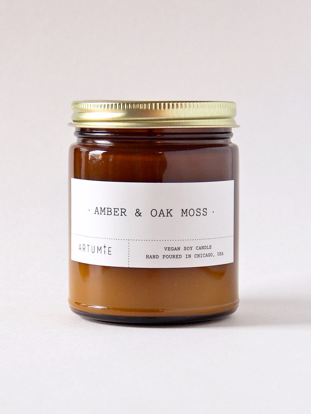 artumie studio amber and oak moss candle