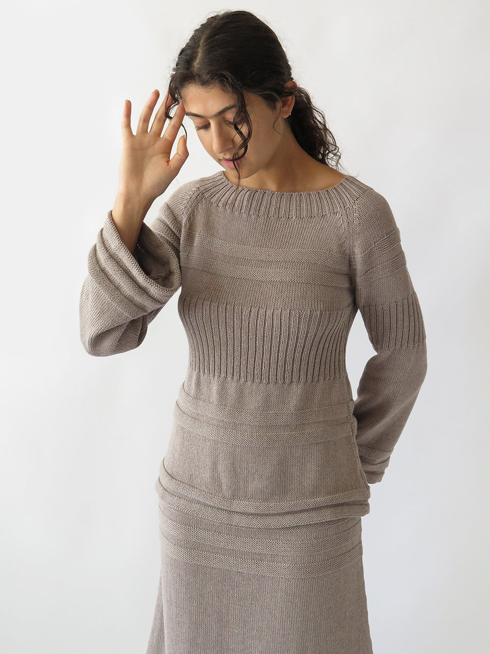 bell sleeve pullover in dove