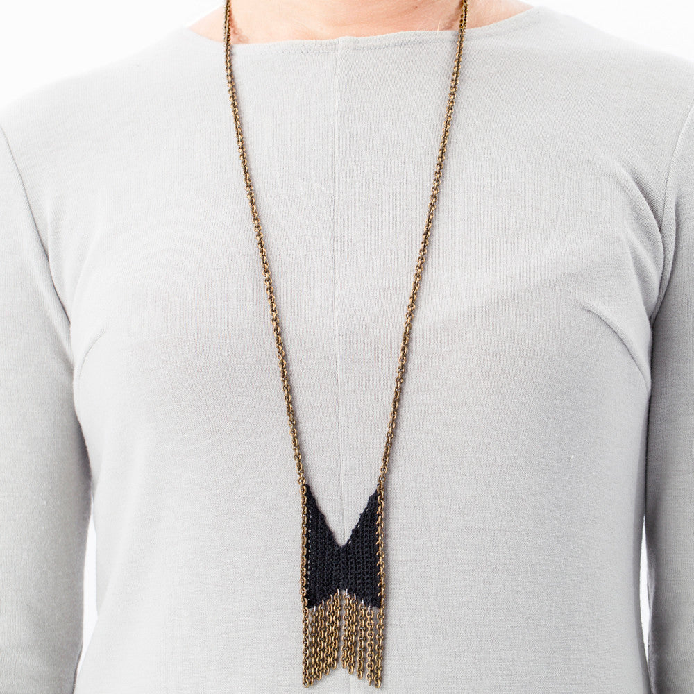 boet mini chevron fringe necklace