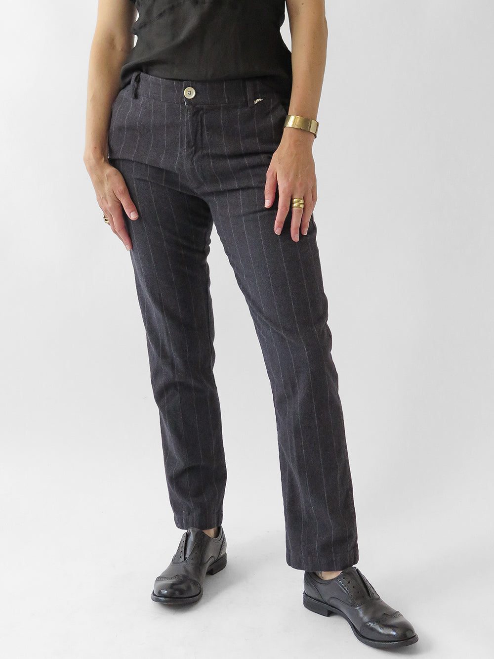 bsbee imperial pant in dark grey stripe