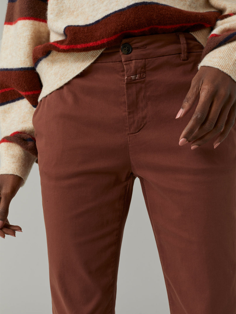 closed jack satin pant in mud