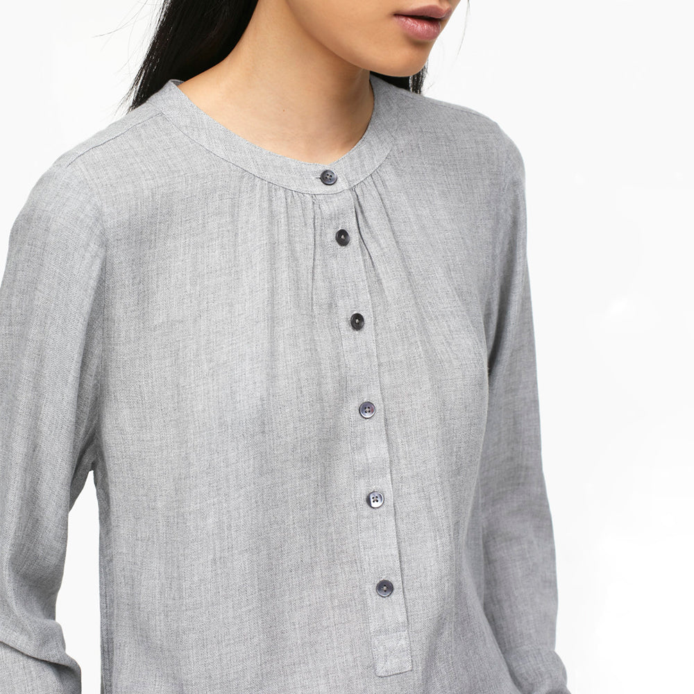 closed leslie blouse