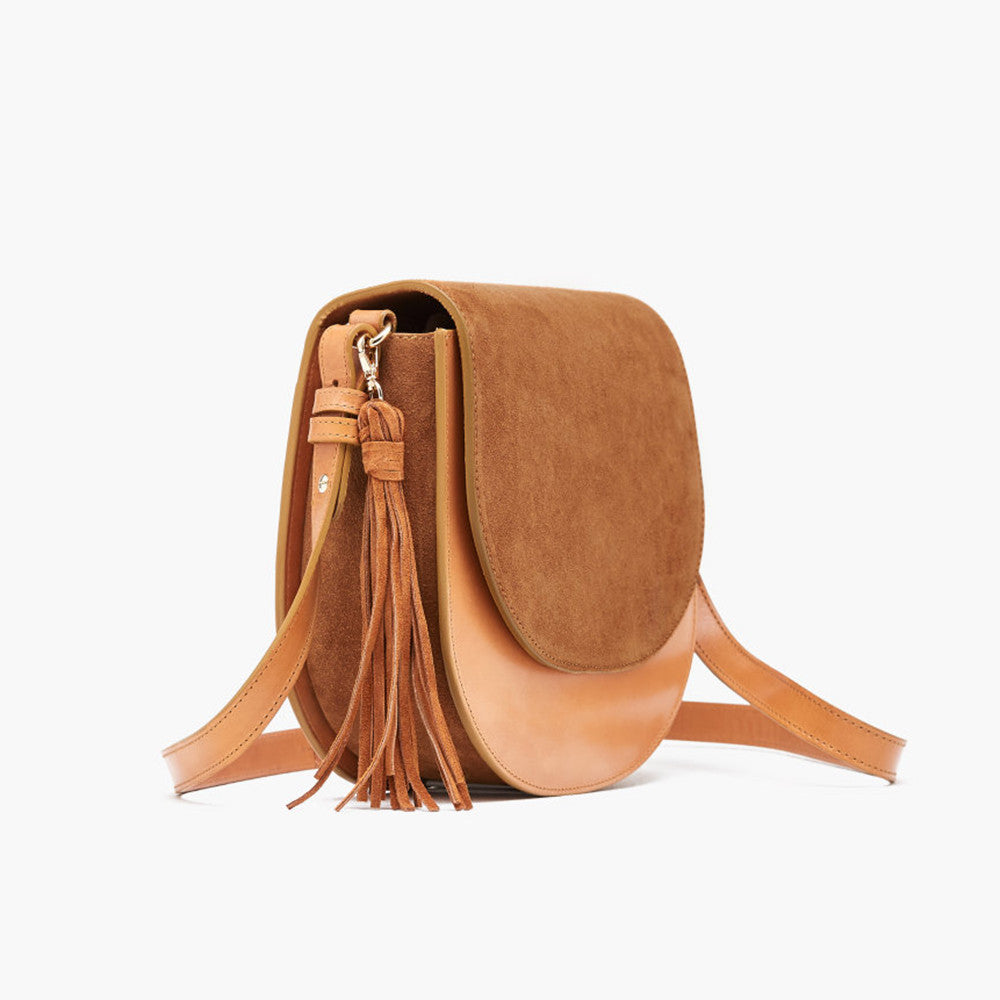 closed saddle bag