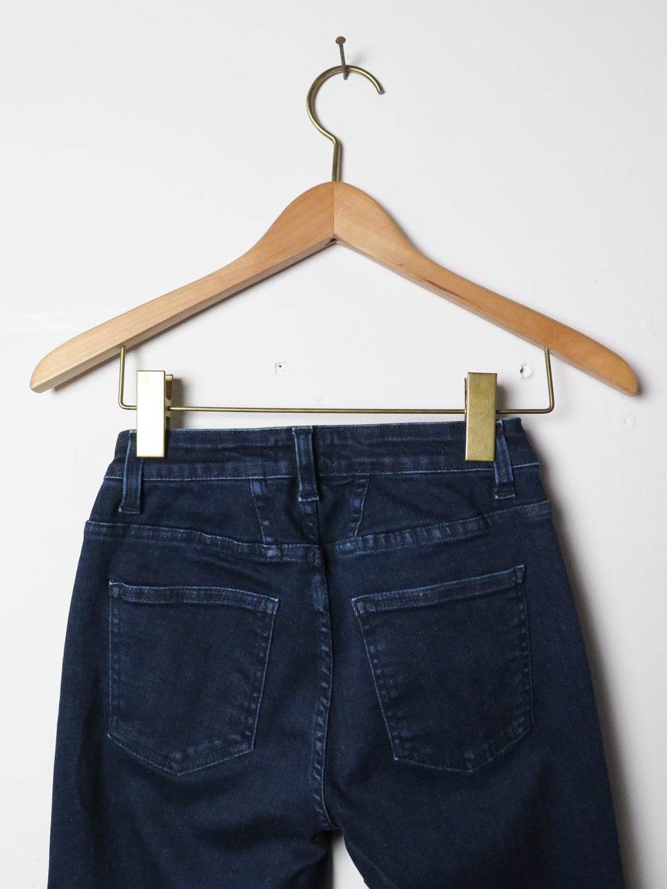 closed lizzy pant in dark blue