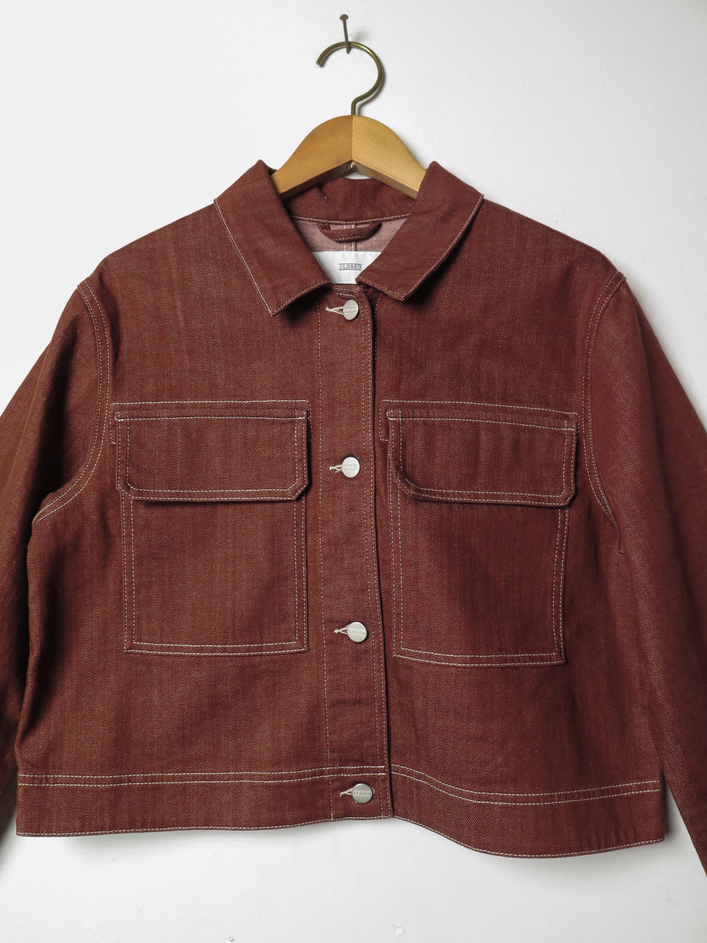closed tale jacket in mahogany