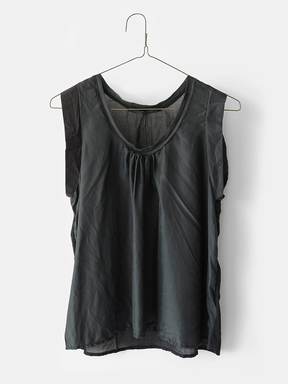 elsa esturgie attention top in black